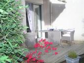 F1 avec terrasse et jardin situé rue Alquié