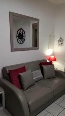 Canapé-lit en cuir